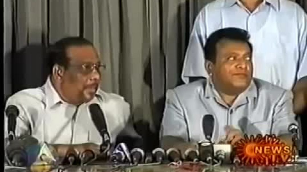 LTTE Press conference in Kilinochi (2002)