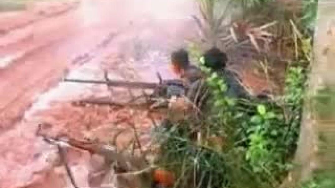 Vanni battle scene in Eelam war IV | நான்காம் ஈழப்போரில் புலிவீரர்